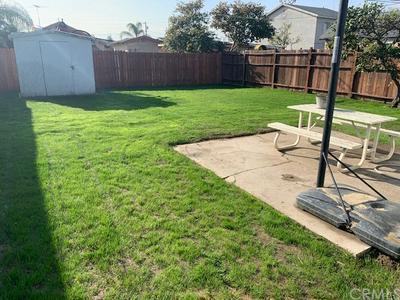 1036 E O ST, Wilmington, CA 90744 - Photo 2