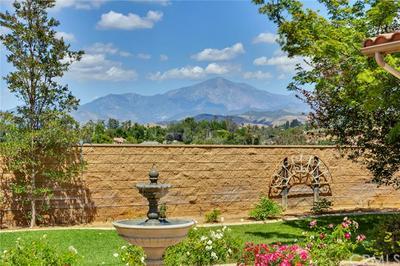 519 GOLDEN WEST DR, Redlands, CA 92373 - Photo 2