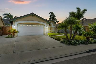 574 CASABELLA CT, Santa Paula, CA 93060 - Photo 2
