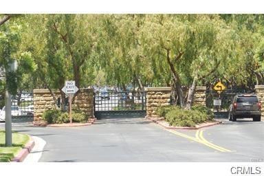 703 MAPLEWOOD, Irvine, CA 92618 - Photo 1