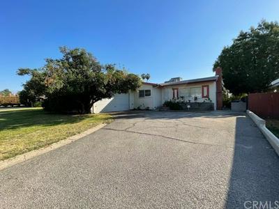 25419 33RD ST, San Bernardino, CA 92404 - Photo 1