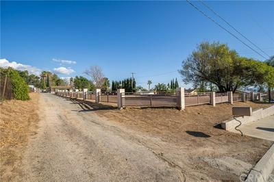 5211 SIERRA RD, San Bernardino, CA 92407 - Photo 2