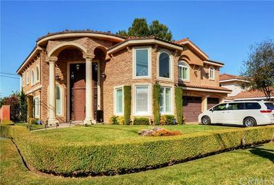 9247 MANZANAR AVE, Downey, CA 90240 - Photo 2