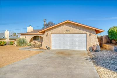 7339 HERMOSA AVE, YUCCA VALLEY, CA 92284 - Photo 2