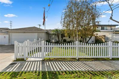 8362 ARNETT DR, Huntington Beach, CA 92647 - Photo 1