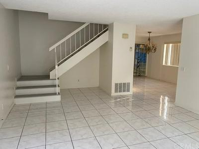 19792 BROMLEY LN # 3, Huntington Beach, CA 92646 - Photo 2