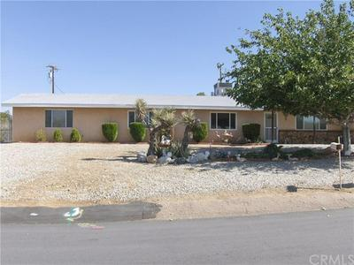 7685 VICTORIA AVE, Yucca Valley, CA 92284 - Photo 2