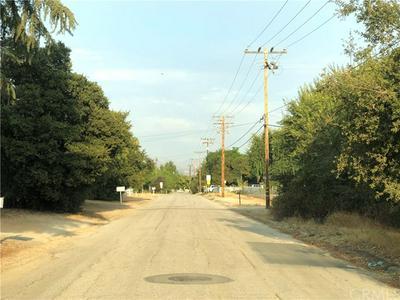 855 W COUNTY LINE RD, Calimesa, CA 92320 - Photo 1