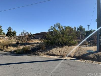 8781 WARREN VISTA AVE, Yucca Valley, CA 92284 - Photo 1