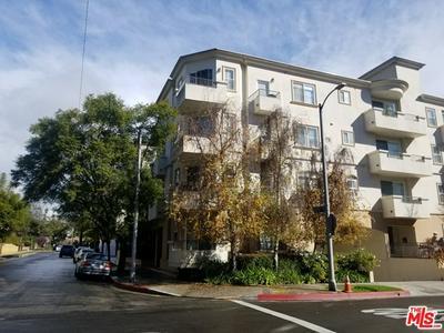 1158 WELLESLEY AVE APT 402, Los Angeles, CA 90049 - Photo 1