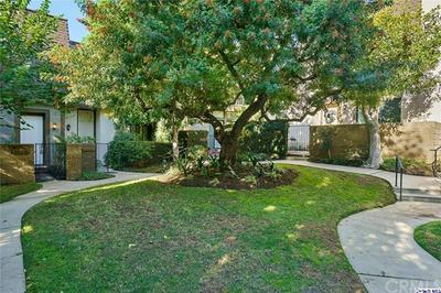 13961 RIVERSIDE DR, Sherman Oaks, CA 91423 - Photo 2