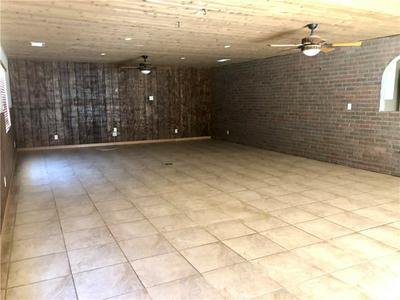636 W POMONA AVE, Bloomington, CA 92316 - Photo 2