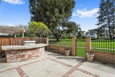 45 REDWOOD TREE LN, Irvine, CA 92612 - Photo 2