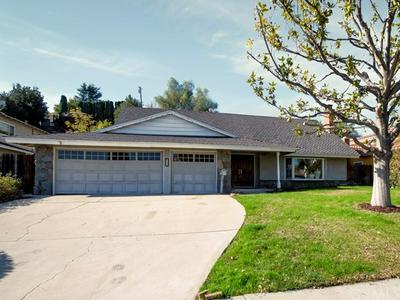 239 CARBONIA AVE, Walnut, CA 91789 - Photo 2