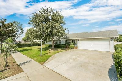 911 E CUMBERLAND RD, Orange, CA 92865 - Photo 2
