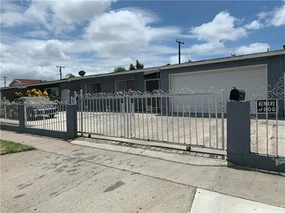 2406 MARK ST, Santa Ana, CA 92703 - Photo 2