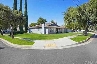 925 N LINCOLN ST, Redlands, CA 92374 - Photo 2