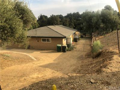 855 W COUNTY LINE RD, Calimesa, CA 92320 - Photo 2