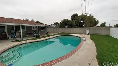 819 FORDLAND AVE, La Verne, CA 91750 - Photo 2