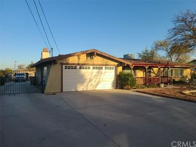 10771 PORTLAND AVE, Hesperia, CA 92345 - Photo 2