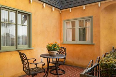 340 SAN CLEMENTE ST, Ventura, CA 93001 - Photo 2