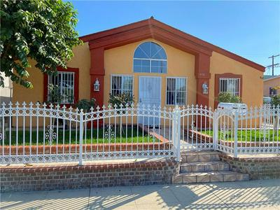 968 W 53RD ST, Los Angeles, CA 90037 - Photo 2