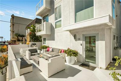 17 LIGHTHOUSE ST, Marina del Rey, CA 90292 - Photo 2