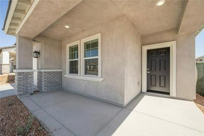 16747 DESERT WILLOW ST, Victorville, CA 92394 - Photo 2