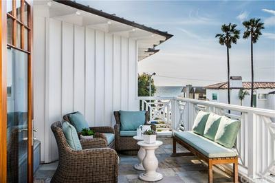 304 7TH ST, Manhattan Beach, CA 90266 - Photo 2
