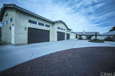 39449 MOUNTAIN VIEW RD, Yermo, CA 92398 - Photo 2
