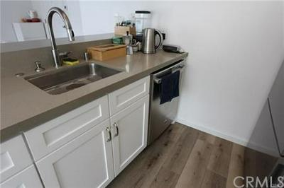 75 18TH ST APT 2, Hermosa Beach, CA 90254 - Photo 2