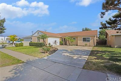 14592 ASPEN CIR, Huntington Beach, CA 92647 - Photo 2