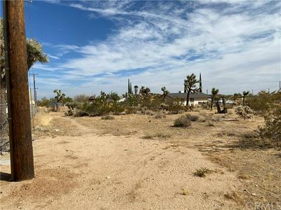 3680 BALSA AVE, Yucca Valley, CA 92284 - Photo 2