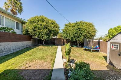 885 W 18TH ST, San Pedro, CA 90731 - Photo 2