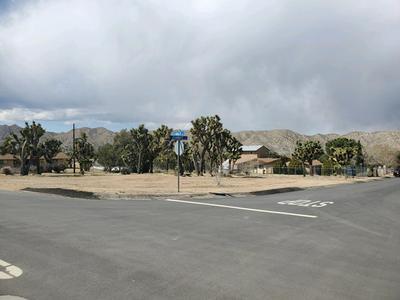 55463 NAVAJO TRL, Yucca Valley, CA 92284 - Photo 1
