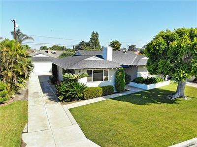 10711 RICHEON AVE, Downey, CA 90241 - Photo 2