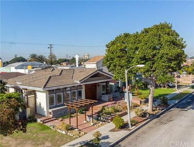 10505 SAINT JAMES AVE, South Gate, CA 90280 - Photo 2