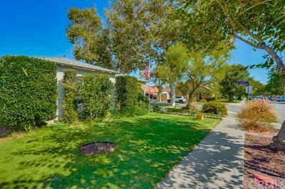 6000 PREMIERE AVE, Lakewood, CA 90712 - Photo 2
