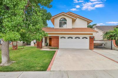 29009 GUMTREE PL, Saugus, CA 91390 - Photo 2
