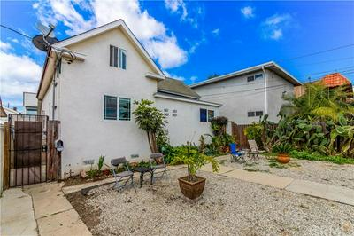 561 W 12TH ST, San Pedro, CA 90731 - Photo 2