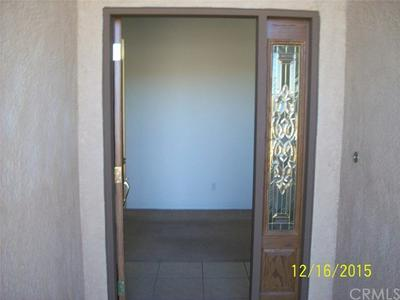 3893 LEXINGTON AVE, Yucca Valley, CA 92284 - Photo 2