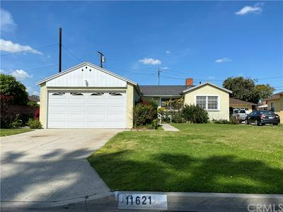 11621 SAMOLINE AVE, DOWNEY, CA 90241 - Photo 1