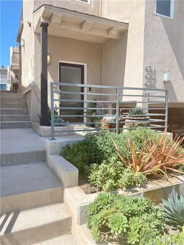 421 11TH ST, Hermosa Beach, CA 90254 - Photo 1