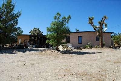57976 BUENA VISTA DR, Yucca Valley, CA 92284 - Photo 2