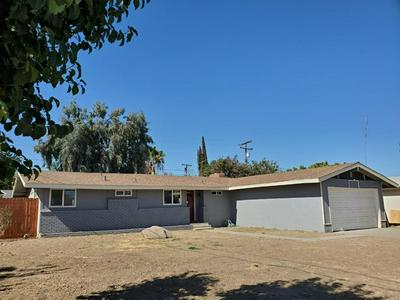 1004 E MYRTLE ST, Hanford, CA 93230 - Photo 2