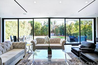 5526 NORWICH AVE, Sherman Oaks, CA 91411 - Photo 1