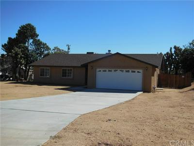7443 BANNOCK TRL, Yucca Valley, CA 92284 - Photo 2