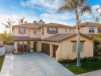 1225 HONEYSUCKLE AVE, Ventura, CA 93004 - Photo 2