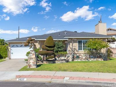 1437 W 168TH ST, Gardena, CA 90247 - Photo 2