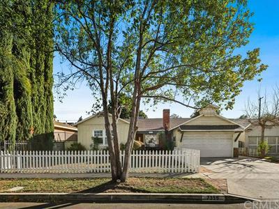 7356 LEESCOTT AVE, Van Nuys, CA 91406 - Photo 1